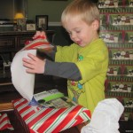 Wordless Wednesday : Pre-Christmas Unwrapping