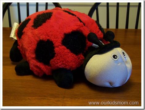 ladybug & dart gun 001