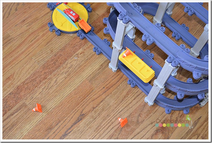 chuggington contruction cones pop off
