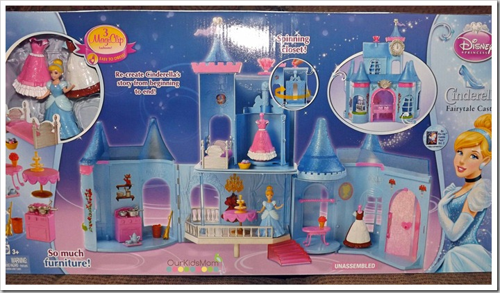 Cinderella castle, doll and polly pockets 001