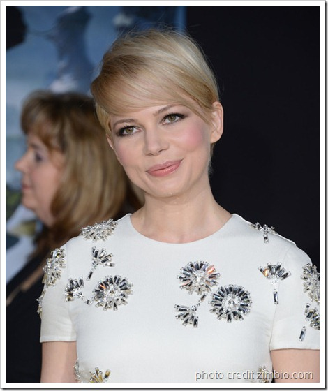 Michelle Williams Premiere Walt Disney Pictures wa7oZdI9bz6l