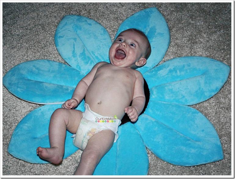 Blooming Bath Plush Baby Bath