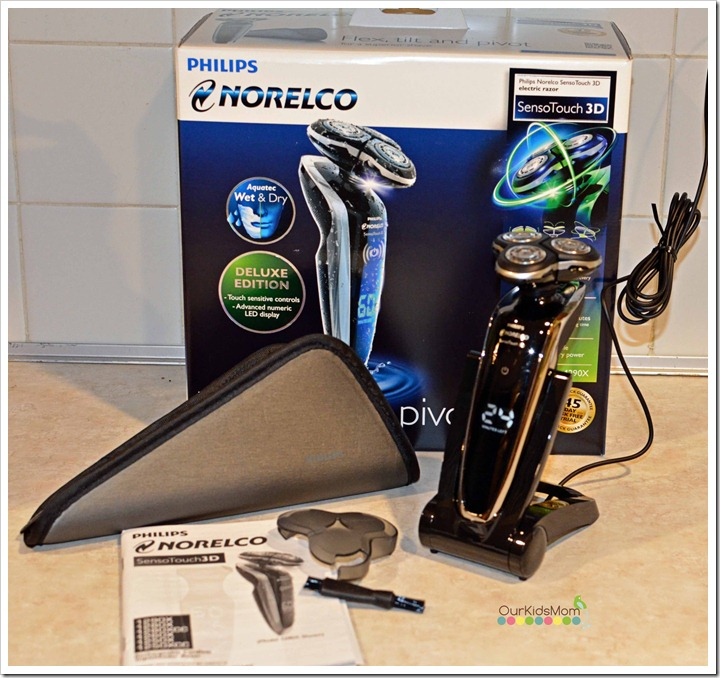 Philips Norelco SensoTouch 3D 1290x Wet & Dry Electric Razor