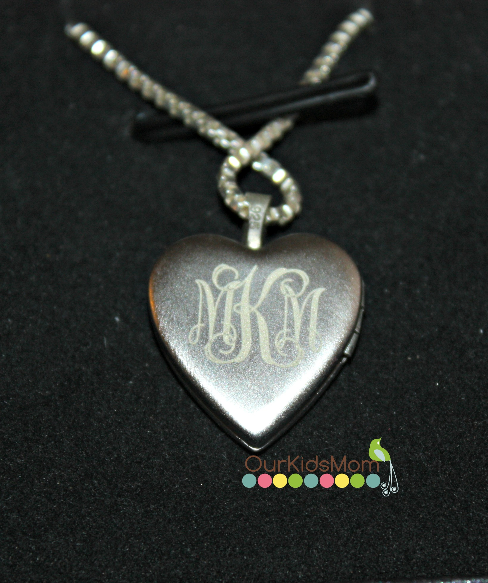 personalize antique mom silver monogram locket necklace lockets pin