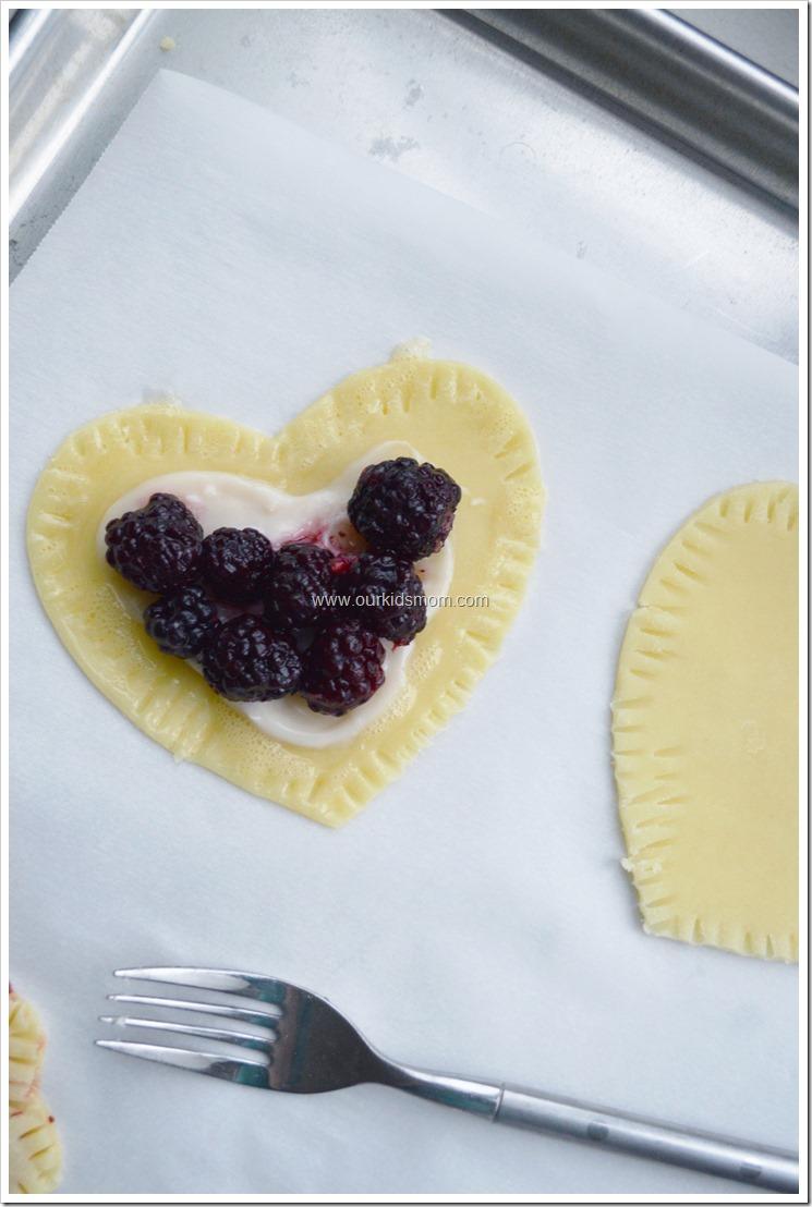 Black berry hearts  (2)