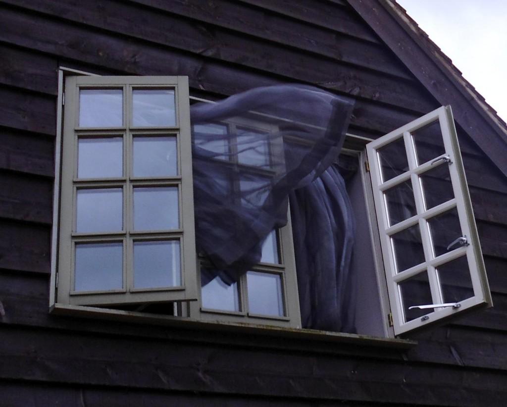 black-curtains